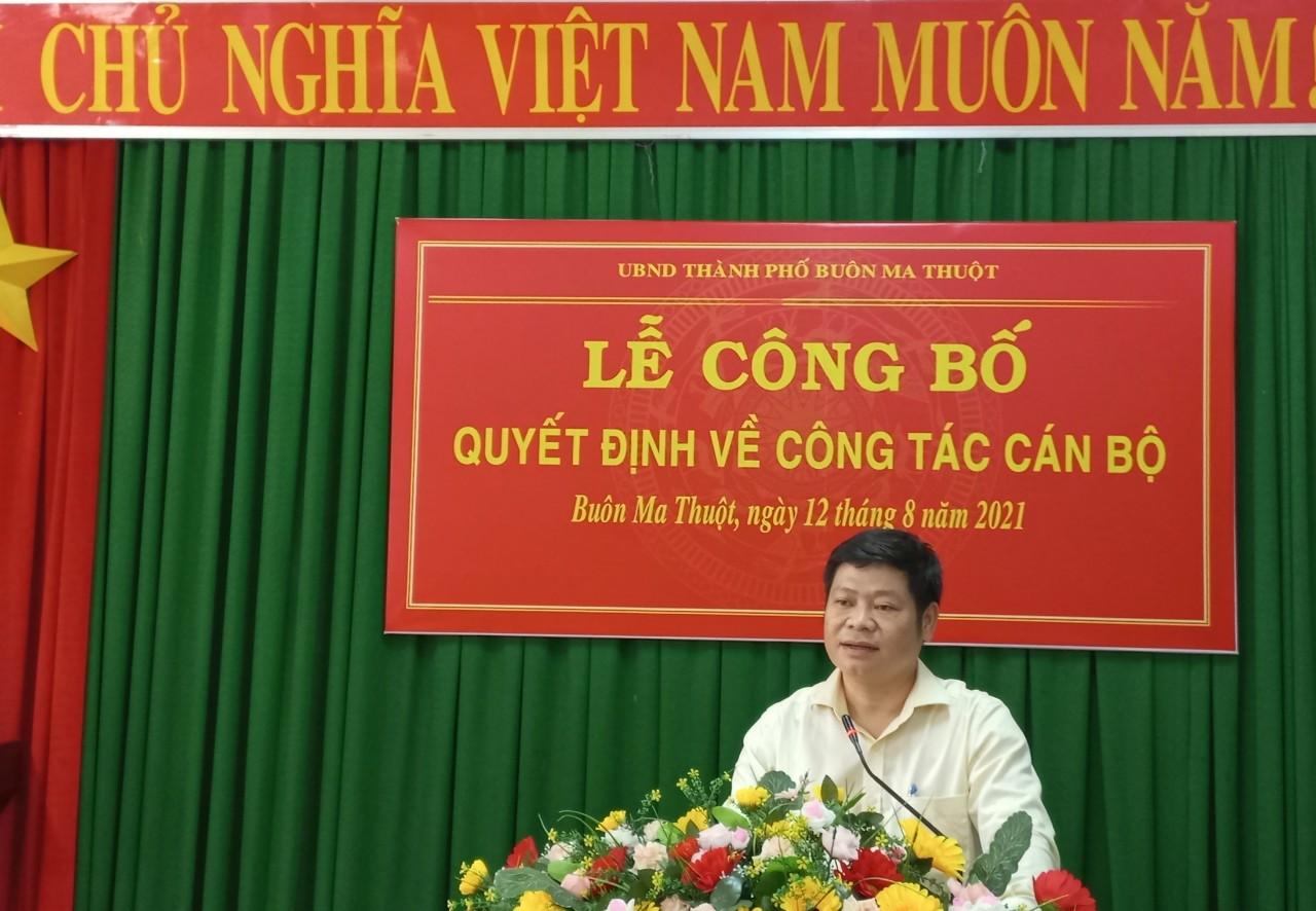Công bố Quyết định Hiệu trưởng trường THCS Phan Chu Trinh, thành phố  Buôn Ma Thuột nhiệm kỳ 2021-2026